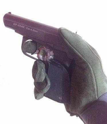 пистолет с лазером (лазерный пистолет) для тренировок